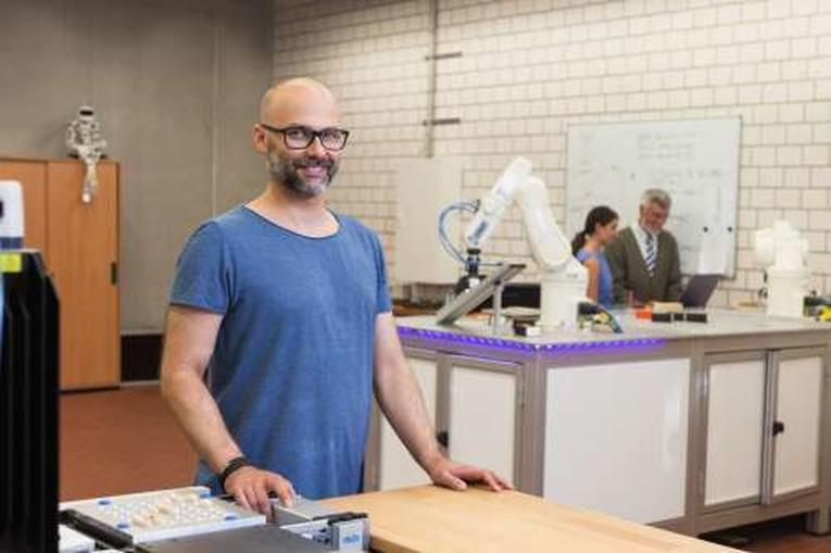 Wissenschaftliche/r Mitarbeiter/in im Metalllabor des Fachbereichs Architektur