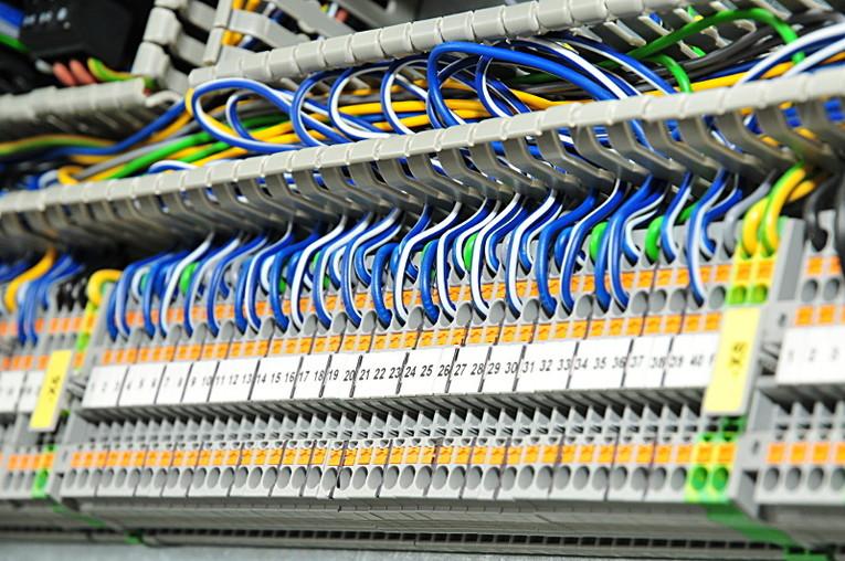 Elektroniker/in Schaltschrankbau