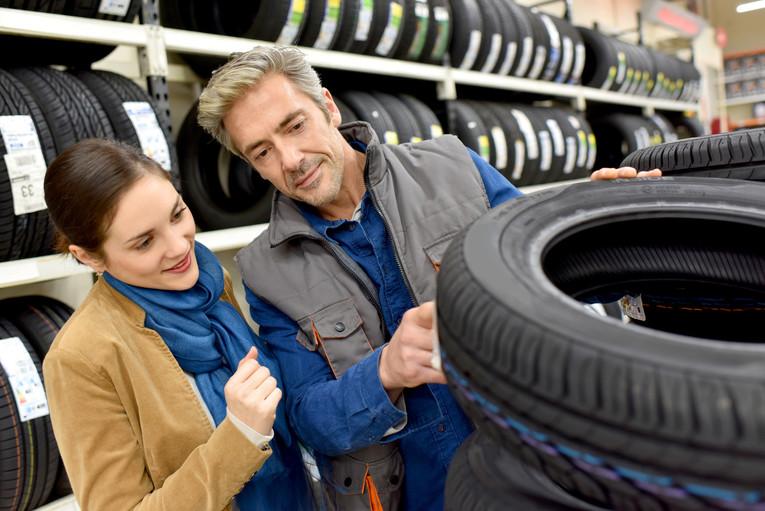 Innendienstverkäufer/in für Reifen und Felgen