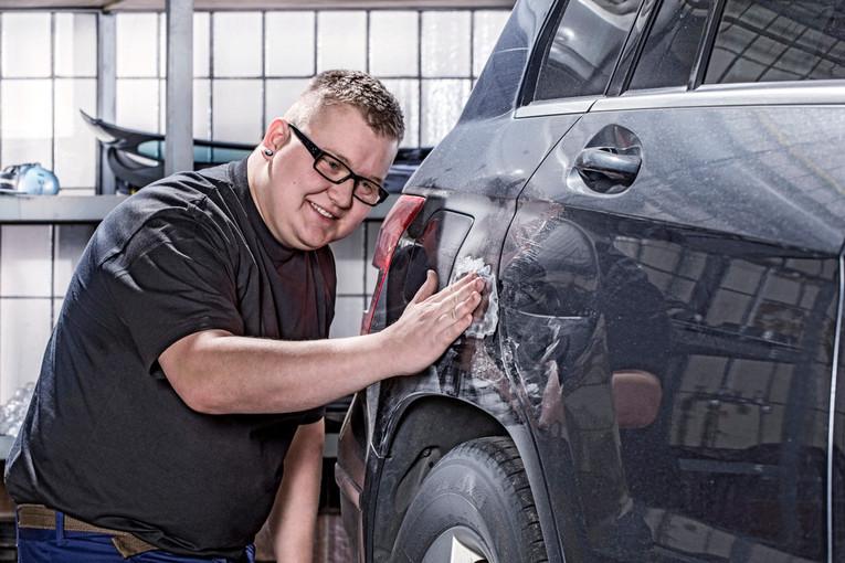 Fahrzeugpfleger Aufbereitung (m/w) bei Mercedes-Benz in Bad Aibling