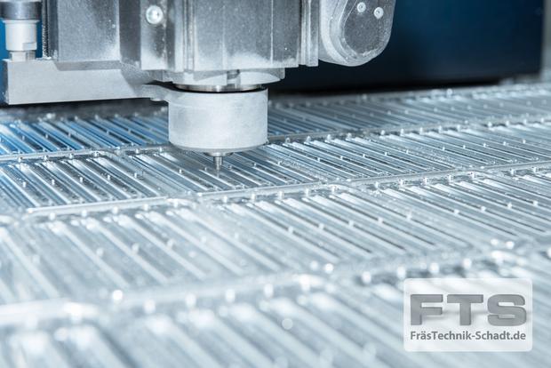 CNC-Fräsen bei FTS GmbH – FräsTechnik-Schadt.de