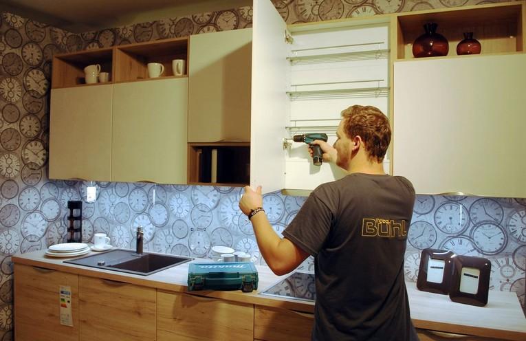 Möbelmonteure/innen und Küchenmonteure/innen