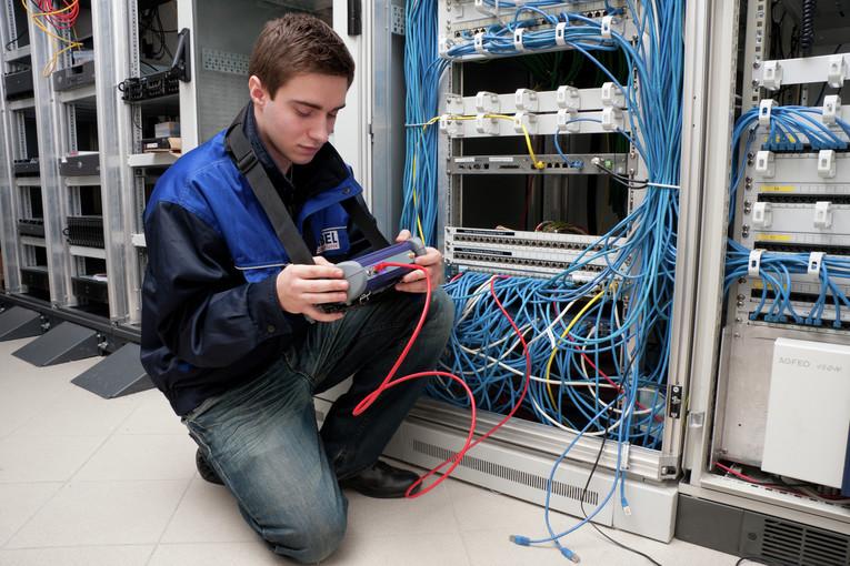 Ausbildung Informationselektroniker/in - Fachrichtung Geräte- und Systemtechnik