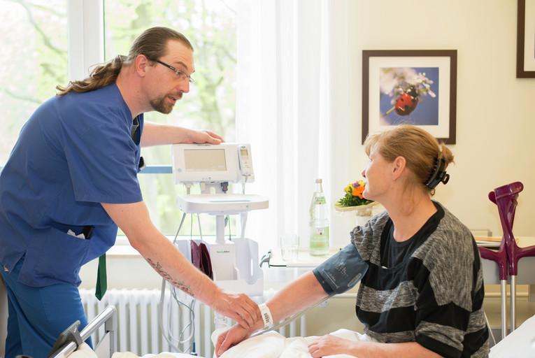 Gesundheits- und (Kinder-)Krankenpfleger (m/w) - Hauptnachtwache