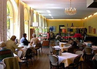 Café Arzmiller  Oskar Arzmiller e.K.