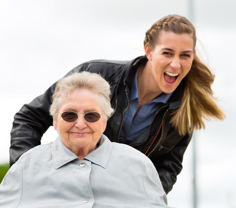 Altenpfleger/In in Teil- oder Vollzeit (St.Pauli / HH-Neustadt) (Kein Führerschein erforderlich) gesucht