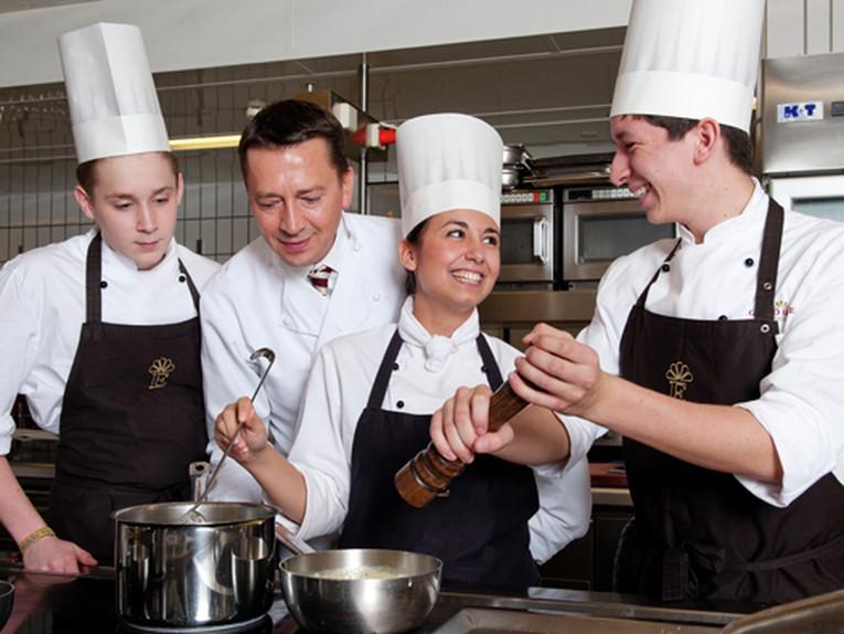 Auszubildende zum Koch (m/w) zum 01. August 2018