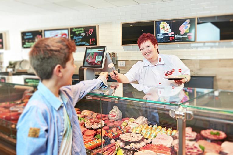 Verkäufer (m/w) für die Bedienungstheke (Fleisch, Wurst, Käse) inkl. REWE Grill