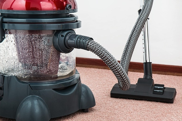 Professionelle Reinigungskraft für Privathaushalt (m/w)