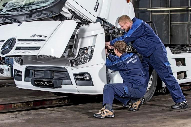 Kfz-Mechatroniker/in Nutzfahrzeuge bei Mercedes-Benz