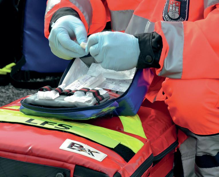 Ausbildung zur Notfallsanitäterin bzw. zum Notfallsanitäter bei der Feuerwehr Hamburg