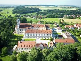 Kloster Holzen Hotel GmbH