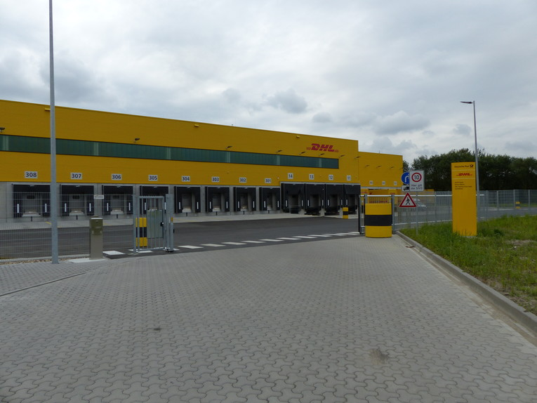 Paketzusteller/-innen (Fachkraft - Kurier-, Express- und Postdienstleistungen)
