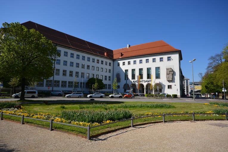 Hausmeister (m/w) für die Schulen des Landkreises Augsburg