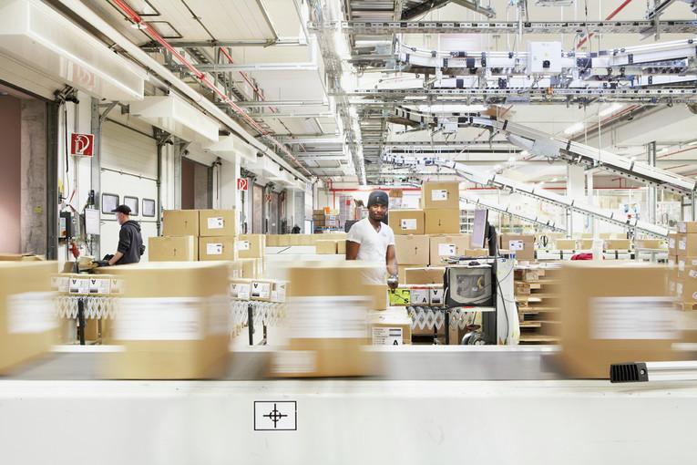 Mitarbeiter Logistik (m/w) - Teilzeit (22,5h/ Woche), Mittelschicht