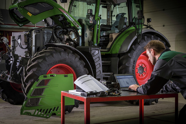 Mechaniker für Land- und Baumaschinenmechatronik